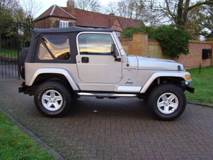 Jeep Wrangler 4.0 60th Anniversary 2dr Soft Top Estate Petrol Silver