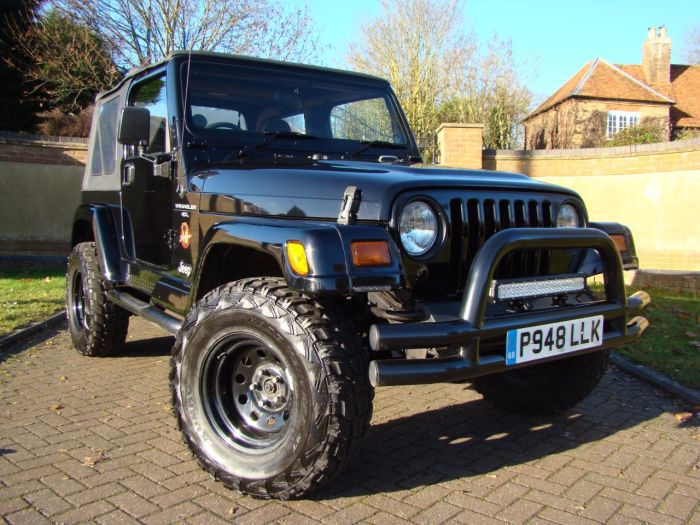 Jeep Wrangler 2.5 4.0 Sahara 2dr Four Wheel Drive Petrol Black