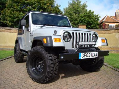 Jeep Wrangler 4.0 Grizzly 2dr Convertible Petrol SilverJeep Wrangler 4.0 Grizzly 2dr Convertible Petrol Silver at Jeep Wranglers Leighton Buzzard