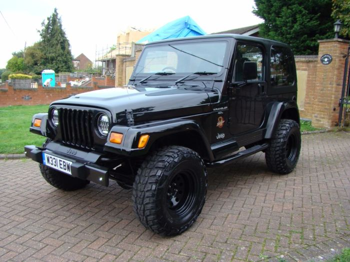 Jeep Wrangler 4.0 Sahara 2dr Estate Petrol Black