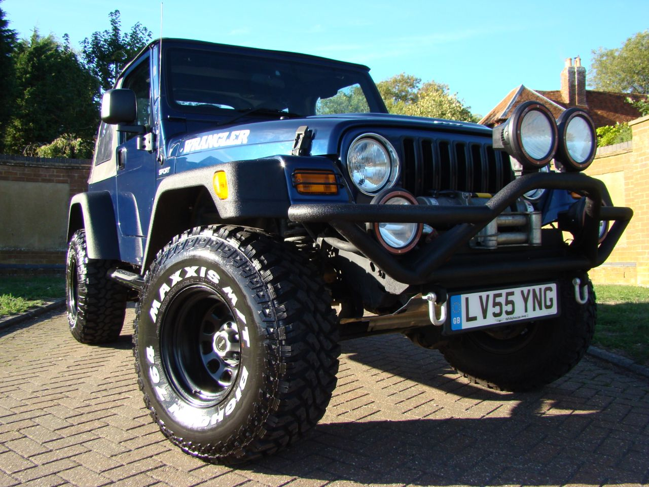 Jeep Wrangler 4.0 Sport 2dr 6 Speed Soft Top Convertible Petrol Blue at Jeep Wranglers Leighton Buzzard