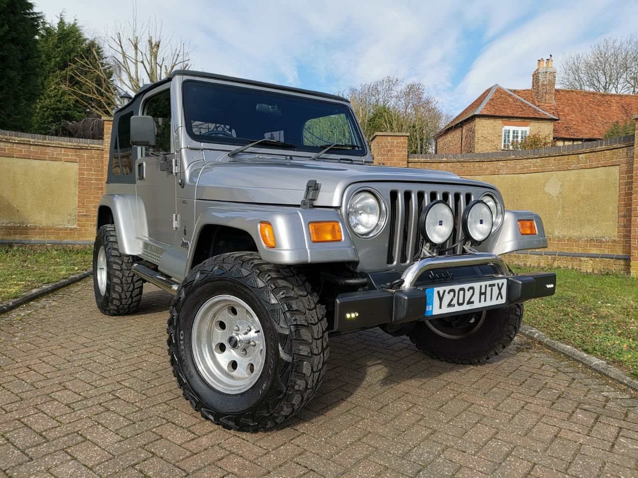 Jeep Wrangler 4.0 60th Anniversary LPG Estate Petrol Silver at Jeep Wranglers Leighton Buzzard