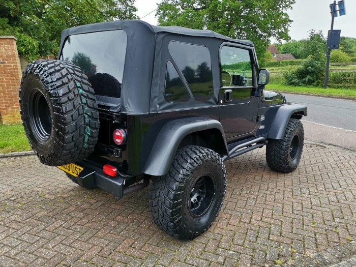 Jeep Wrangler 4.0 Sahara 2dr Auto [4] Estate Petrol Black